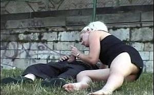 Salieron juntos de la discoteca para follar en un parque