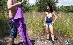 Me gusta la naturaleza y follar con mi chico al aire libre