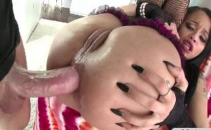 Prepara su culito para el duro anal que iba a recibir