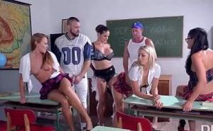 Salvaje orgía en la escuela entre alumnos y profesores