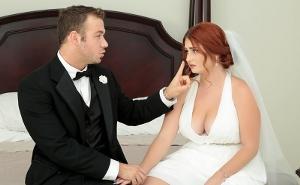 Horas antes de casarse tiene sexo con un amigo de su novio