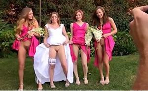 Después de las fotos montan una fiesta sexual entre amigas